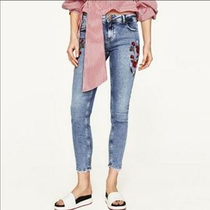 ZARA Red Floral Embroidered Skinny Jeans